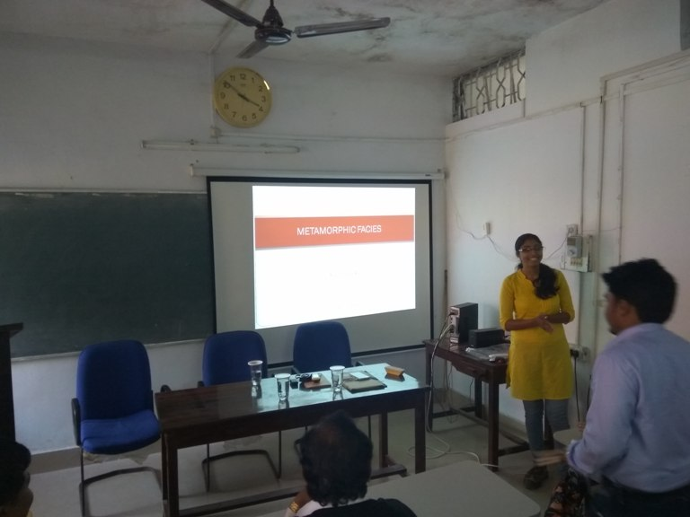 Dr. Priya Pachauri, Geologist, GSI, delivering an extramural lecture