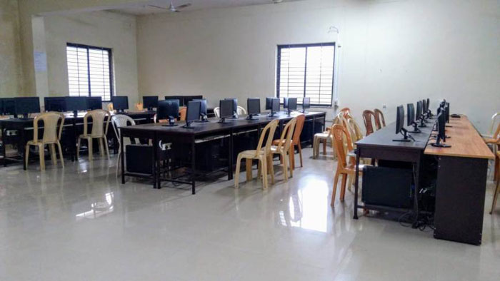 Education-computer-lab